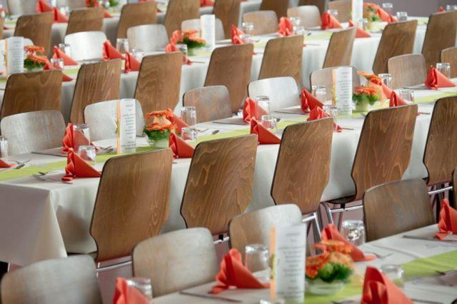 stół na wesele