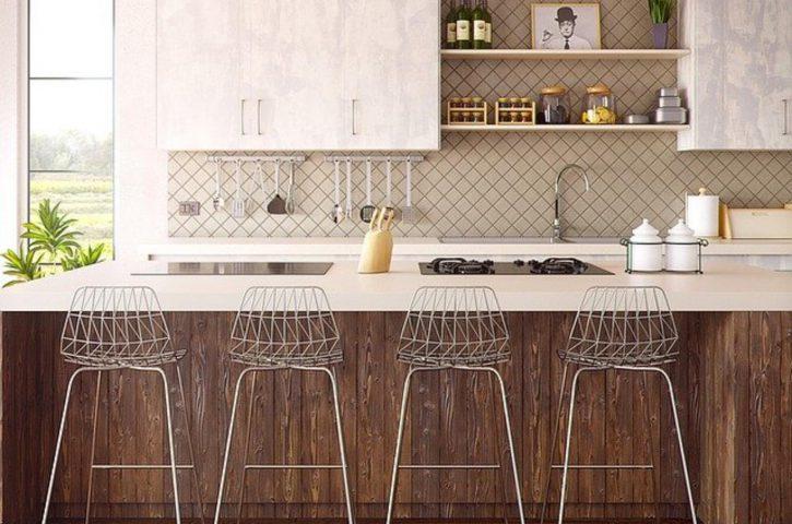 Marmur, a może beton? Jakie płytki kuchenne do wykończenia ściany nad blatem?